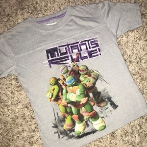 🖍 Nickelodeon Size 5/6 TMNT T-Shirt